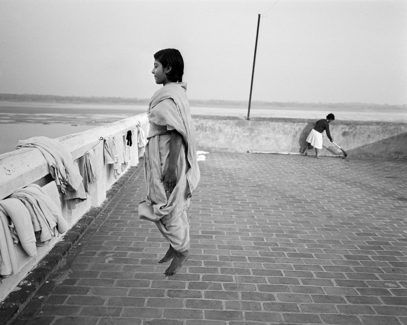 (写真について)〈私としての私〉より 1999年 ゼラチン・シルバー・プリント 京都国立近代美術館蔵