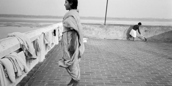 世界で最も活躍の著しい女性写真家、 ダヤニータ・シンの展覧会「インドの大きな家の美術館」