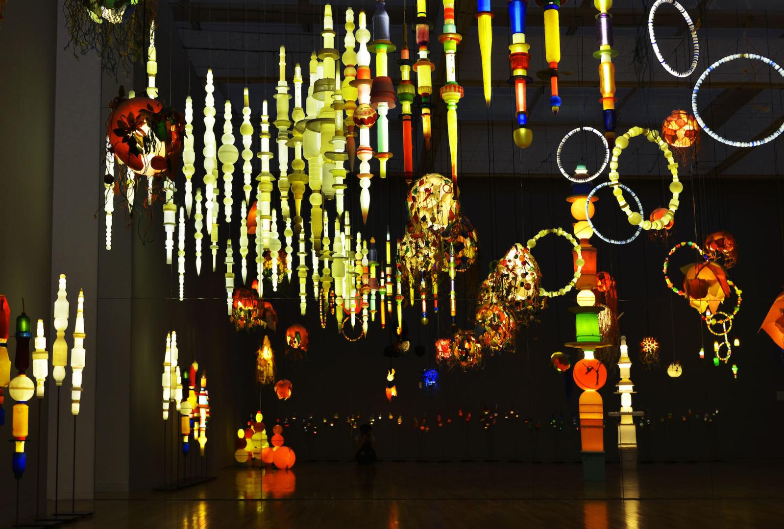 (写真について)《ヨーガン レールの最後の仕事》2011-2014 「おとなもこどもも考える ここはだれの場所?」(東京都現代美術館、2015)展示風景【参考画像】
