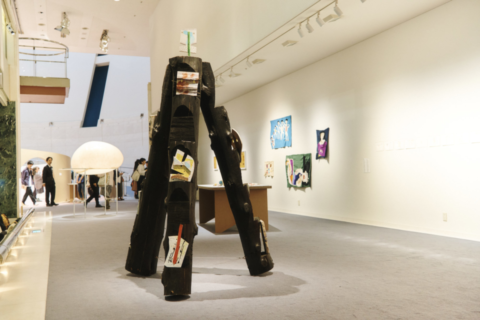 (写真について)松永直さんの作品「Cosmic Expressions」(日本財団DIVERSITY IN THE ARTS企画展 ミュージアム・オブ・トゥギャザーにて)。
