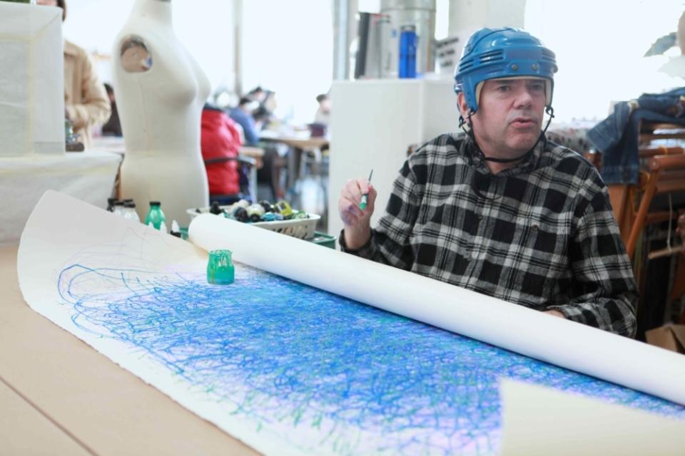 (写真について)サンフランシスコのギャラリー〈836M〉で作品が展示されていたダン・ミラー。今年のヴェネチア・ビエンナーレの招聘アーティストでもある。