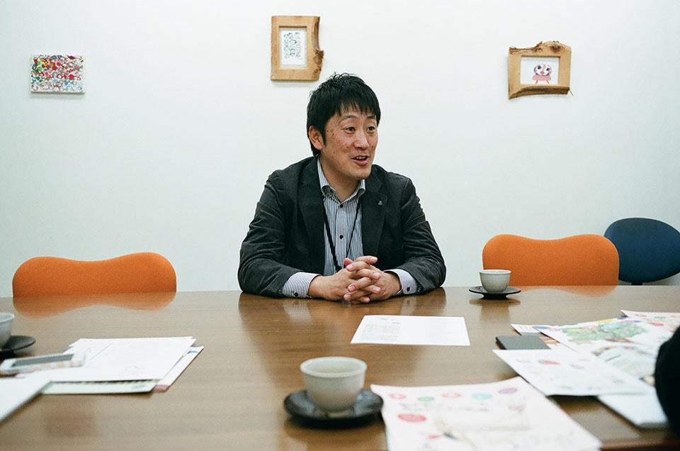 (写真について)安積愛育園のシニアマネージャー・品川寿仁さん。