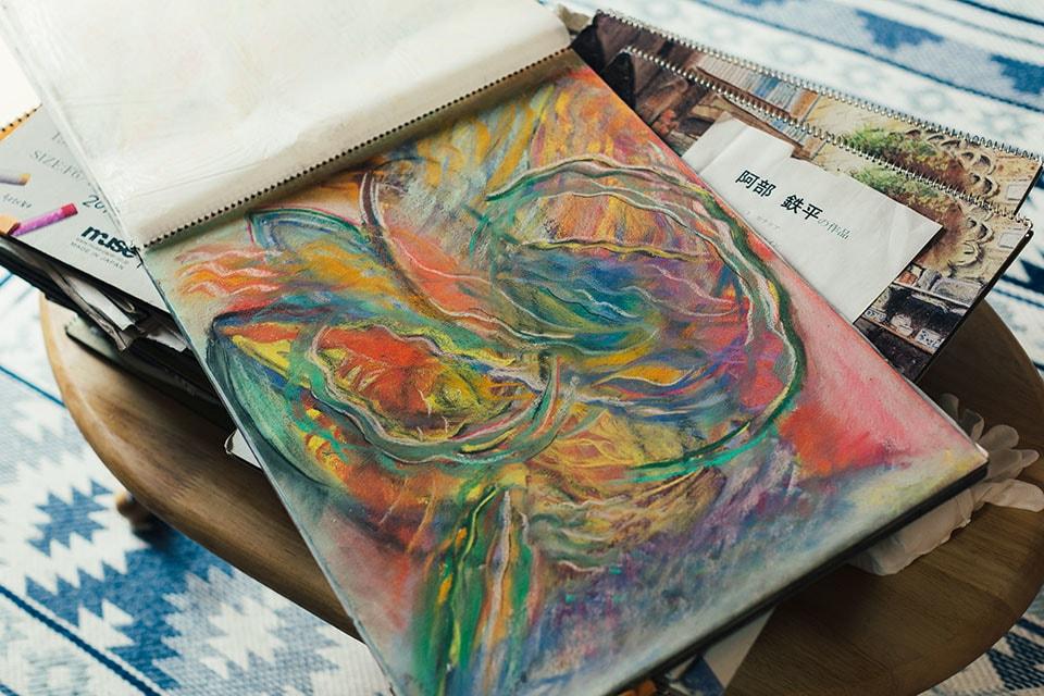 (写真について)パステルで描いていた頃の作品。ここから油彩になり厚みと迫力を増していった。