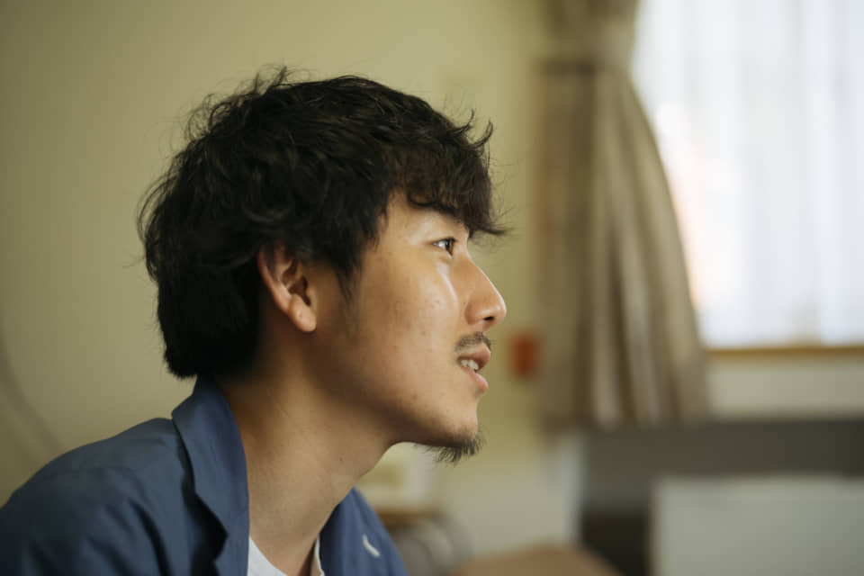 (About the photo)Takaya, CEO of HERALBONY, became independent after working for an advertisement company. He is the younger of the twins and is living in Tokyo.