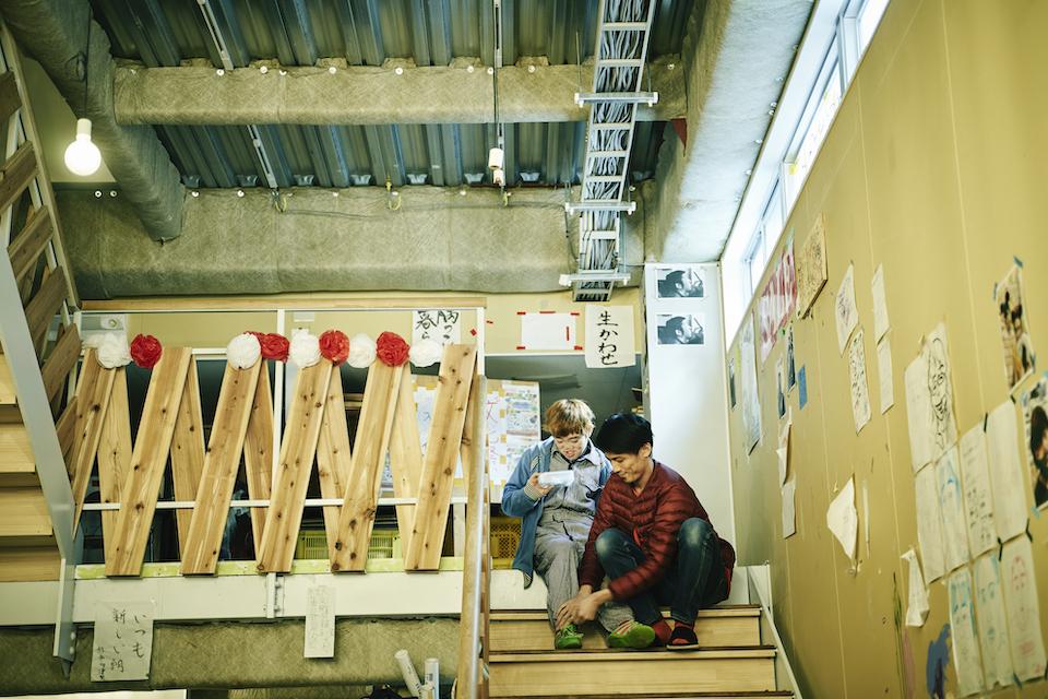 (写真について)久保田壮さんと職員のササキユーイチさん。