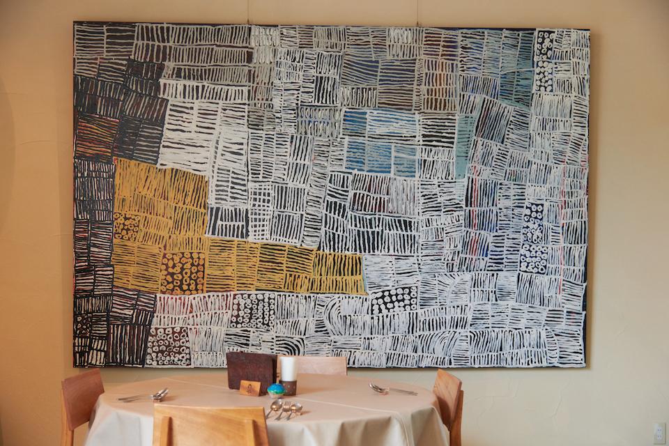 (写真について)利用者の作品が飾られる「パスタ&カフェ Otafuku」/2019年7月取材(2020年4月以降、新型コロナウィルスの感染拡大防止のため、当面の間休業中)。